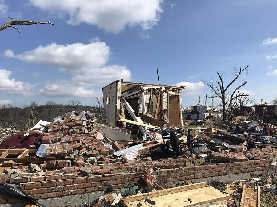 1024px-2020-03-03_Nashville_Tennessee_EF3_tornado_damage_3